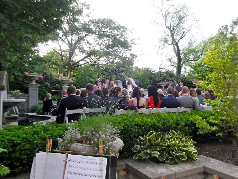 musicians playing outdoor wedding